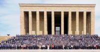 Türkiye Odalar ve Borsalar Birliği'nin (TOBB) 75. Genel Kurulu nedeniyle TOBB Başkanı M. Rifat Hisarcıklıoğlu'nun başkanlığında TOBB Genel Kurul Başkanı, TOBB Yönetim Kurulu, Konseyler, oda, borsa başkanları ve delegeler ile birlikte,Yönetim Kurulu Başkanımız Ahmet Ulusoy, Meclis Başkanımız Nazım Sezer, TOBB Delegelerimiz, Yönetim Kurulu Üyelerimiz ve Meclis Üyelerimiz Anıtkabir'i ziyaret ederek Ata'nın huzurunda saygı duruşunda bulundular.